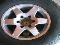 Eladó Mitsubishi L 200 felépítmény, gumik, vadrács